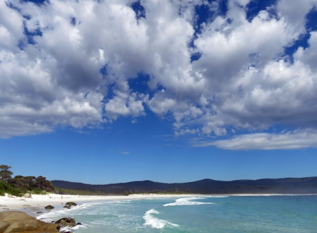 Binalong bay. Photo by David Clode.
